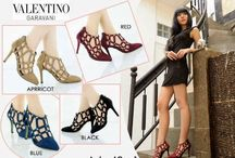Valentino / sepatu valentino import hongkong   ukuran standar asia, jadi sama dengan ukuran yang biasa pakai   pemesanan harap cantumkan ukuran, warna dan gambar   peminat serius hub hp/wa/line 087825743622