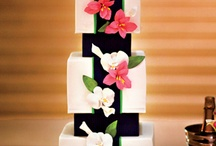 Cakes with black / by Netty
