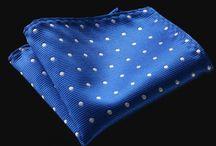 POCH029 / Fashion inspiration for Blue Polkadot Handkerchief: http://www.mightygoodman.nl/nl/english-fashion-pochet-polkadot-blauw.html