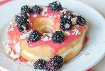 Donuts / Gebackene Donuts, frittierte Donuts, vegane Donuts, Cronuts, ...
