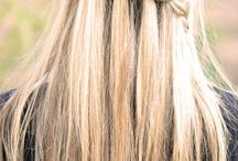 Hairstyles / by Rachelle Crosbie