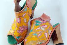 batik shoe