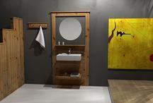 ART IN BATH / Έπιπλα για το μπάνιο από μασίφ ξύλο. Συνδυάζονται και προσφέρονται με νιπτήρες πορσελάνης.