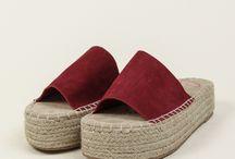 Sandal wedges rata tambang
