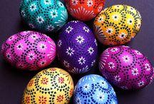 Uova dipinte Malovaná vajíčka