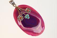 Stříbrné šperky s léčivými kameny