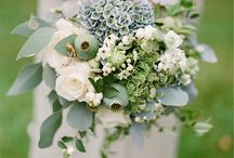 GREEN | Style by Color / Your guests will be green with envy after seeing this beautifully earthy color!