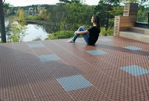 Balcony floor / Floor tiles for outdoor spaces. Easy to install. Durable and long lasting. Drainging. Ventilating. Many colours to combine. Smart accessories. Environmentally friendly Made in Sweden. Worldwide sales.
