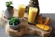 Smoothies / Op dit bord deel ik recepten van heerlijke, biologische smoothies. Alle recepten zijn terug te vinden op mijn foodblog. Voor meer informatie kun je kijken op www.organichappiness.nl