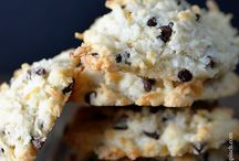 Cookies and Bars / by Stephanie Helmrich-Vasquez