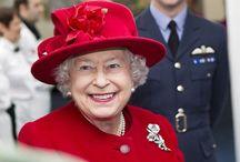 Her Majesty's Hats / Amazing hats of Elizabeth II