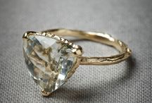 Jewelry: rings and flammes