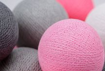 Rózsaszín gömblámpa