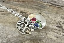 Mom birthstone tree necklace