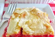Desserts / by Southern Revivals