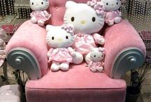 Hello Kitty / by Ritzy Lee