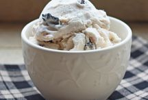 Ice Cream Recipes / Black Walnuts is a favorite in ice cream! Try one of these popular recipes.