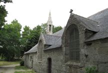 Eglises et chapelles. / parcourir la France et le monde pour découvrir ces trésors qui ont défié le temps.