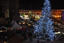 Noël à Thann / Thann vous dévoile un marché de Noël niché au pied de sa collégiale.