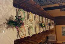 Ristorante Al Carugio / Ristorante a Monterosso al Mare (Cinque Terre) Il Ristorante Al Carugio si trova in via San Pietro 9 nel centro storico del paese a 5 minuti dal molo e a 10 minuti dalla stazione ferroviaria. Nel ristorante potete trovare una varietà di piatti tipici di mare secondo le ricette liguri, o di terra. E' disposto in tre sale tutte sfalsate tra loro con una capienza per  sala di 28/30 persone.  Ph.: +39 0187 817367 info@ristorantealcarugio.com