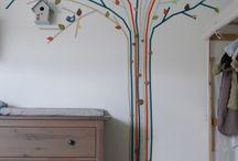 pohon di dinding