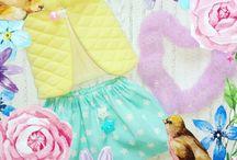 Игровая куколка в сумочке и с гардеробчиком