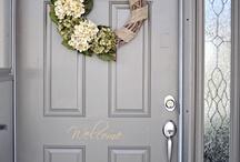 Wreaths / by Julie Ketter