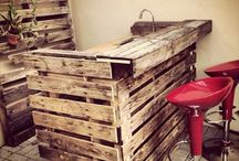 Wooden Pallet Bar / DIY Wooden pallet bar designs ideas.