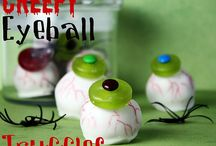 Cake Pops & Cupcakes / I want to learn to do this and decorate cakes!!!