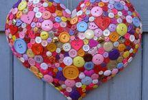 GomBolkodj kreatívan! / Nézd meg mi mindent hozhatsz ki a dekor gombokból!