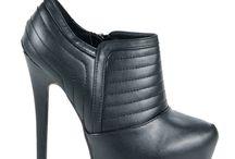 Hot and really high heels / www.mButy.pl hot, high heels, shoes, szpilki, obcasy, mButy.pl, mButy, biker boots, stiletto, sexy, hot, super, jesień 2013, jesienne, botki,