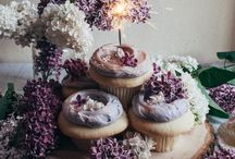Cakes in Cups / by Bahiyah Mohd Said