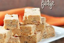 Desserts - Fudge & Bark / by Alicia Pierce