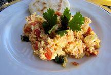 Eggs | Huevos