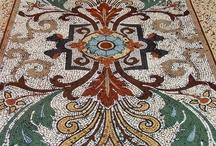 Mozaic și picturi antice