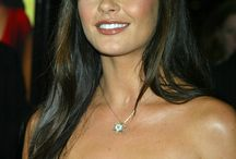 ACTRESS - CATHERINE ZETA JONES