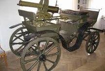 machine gun tachanka - пулеметная тачанка / Тача́нка — название конной рессорной повозки со станковым (в основном) пулемётом, направленным назад. Известна с начала 1890-х годов.