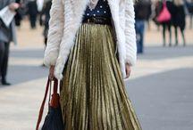 Falda midi plisada / Ideas para combinar una falda midi plisada. #midiskirt #howtowear #comollevar #combinar #moda #fashion #midi #skirt #pleated