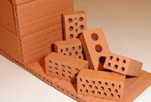 Materiales de construcción / Algunos de los materiales que estan disponibles en nuestro almacén de Sant Pol o Pineda.