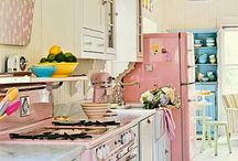 Beautiful kitchen, better food / retro, vintage