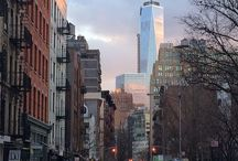 New York City Hop-on Hop-off Tour / Take a double-decker bus ride on a hop-on hop-off bus tour of the Big Apple with a live English-speaking guide. Choose from 24, 48, or 72 hours and see the best of New York City with 3 distinct routes, plus access to the Brooklyn Loop and a Night Tour.