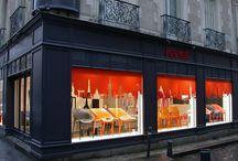 FD - Showroom : Kartell / Le showroom Kartell au cœur du centre-ville historique de Rennes expose une collection innovante et accessible faisant appel aux plus grands designers internationaux .