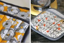 pot holders, oven mitts
