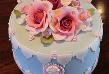 Cakes: Flowers and Roses