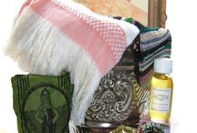 Hammam rituals & Moroccan Beauty secrets / Moroccan women are well known for all their beauty recepies that they practise at home or in the Hammam (bath house) Hand of Fatima brings you the best Moroccan products straight from the Souk to your bath room. Now everyone can enjoy a little Moroccan Spa experience at home.....