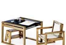 Børnemøbler / Smukke og klassiske møbler til børneværelset. Kvalitets møbler der holder i generationer. http://designklassikershop.dk/shop/boernevaerelset-115s1.html