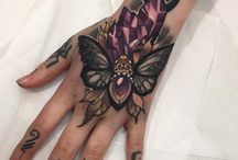 Hand/Finger tattoo