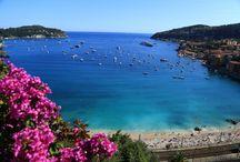 Die 10 ultimativen Luxusstrände weltweit / Es gibt Orte, an denen ergänzen sich Luxus und Strand wie nirgendwo sonst. Am wichtigsten sind hier erfahrungsgemäß Exklusivität, Qualität und Service. Wer es sich leisten kann, sollte unbedingt den einen oder anderen Reisetipp wahrnehmen. Entdecke die Traumstrände von St. Tropez, Monaco, Brasilien, Dominikanische Republik, Maui, Turks- und Caicosinseln, Korsika und den Malediven.