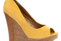 Shoes / by Chiara Borg