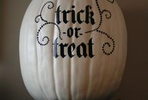 Be Spooky / A board to collect Halloween ideas. / by Jessi